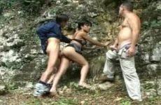 Transseksueel trio in de thaise jungle